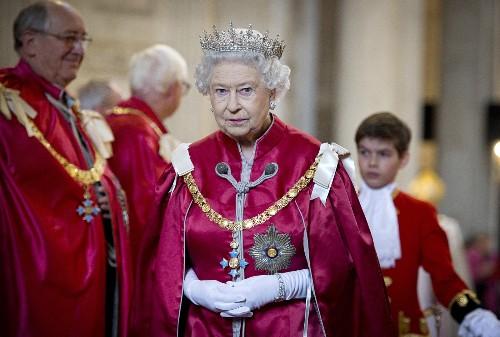 Queen Elizabeth Becomes Britain's Longest Reigning Monarch: Photos