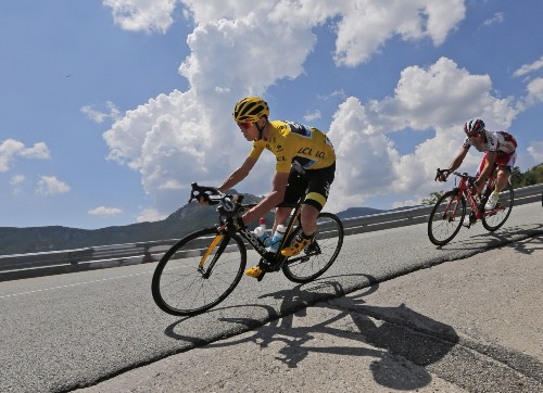 Britain's Froome Leads After Seventeenth Stage of Tour de France