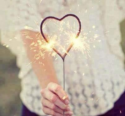 إحلمو وأحب أحلامكم ونشروها مهما تأخر تحقيقها فليكن لكم قلب لا ييأس فربكم على كل شيء قدير