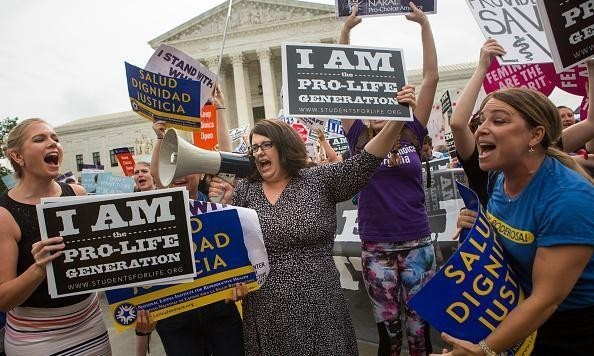 Democratic defeat could herald lurch to right for supreme court