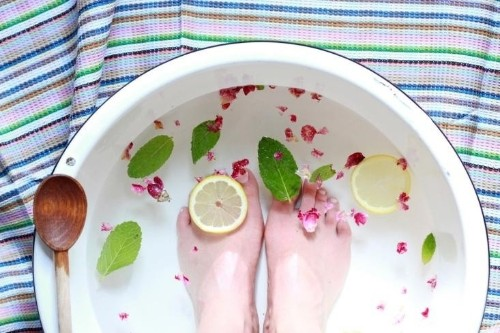 A Miracle Treatment to Make Your Feet Feel Like They Checked Into a Spa