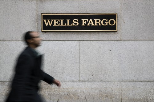 Wells Fargo's 1Q profits rise 14%, beating analyst forecasts