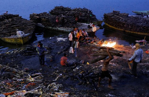 Saving a river: Pollution in India's holy Ganges makes it toxic