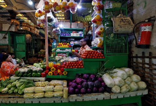 Expert Views: Retail inflation surges in September, but rate cut hopes still high