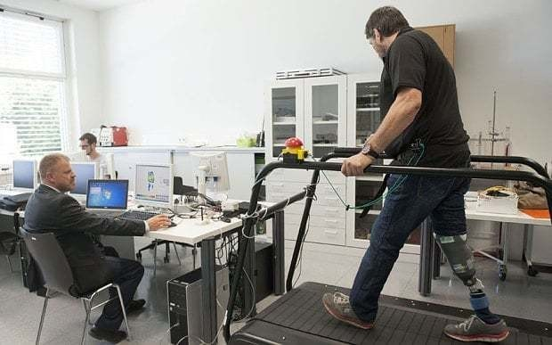 """World's first """"feeling"""" artificial leg offers hope for wounded soldiers"""