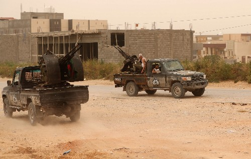 Tripoli neighbourhoods 'turning into battlefields' - Red Cross