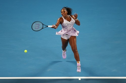 Serena into third round in Melbourne after testy win over Slovenian