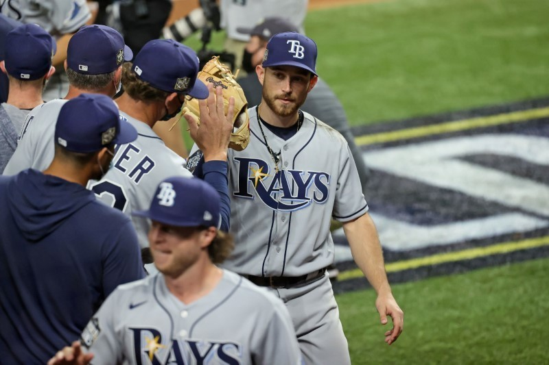 Rays' bats come alive in Game 2 to even World Series