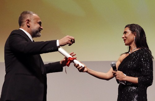 Cannes prize for Brazilian movie sends message of hope, director says