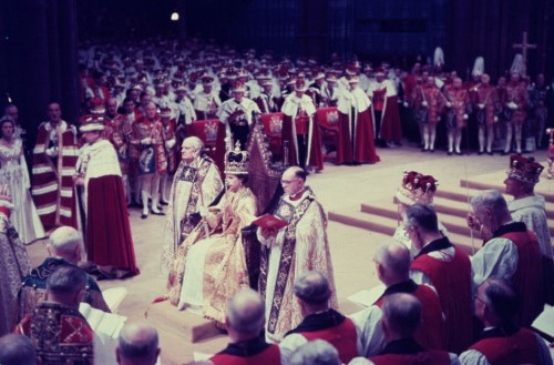 Queen Elizabeth Becomes Britain's Longest Reigning Monarch
