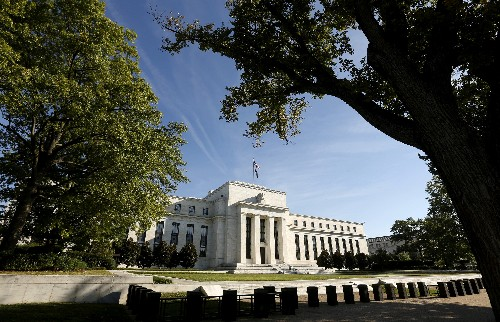 Fed leaves rates unchanged, says U.S. economy strong