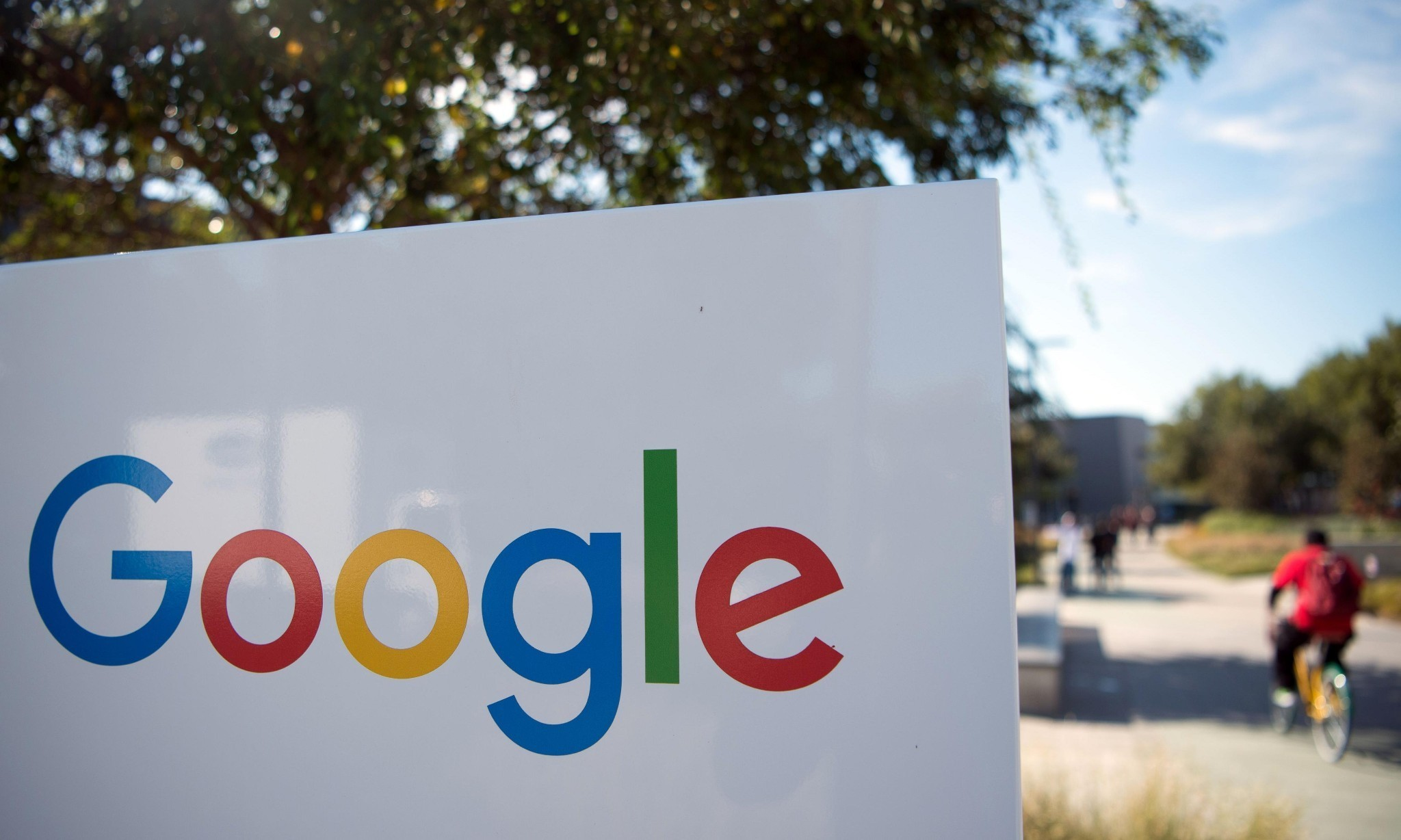 Teenagers think Google is cool, study by Google finds