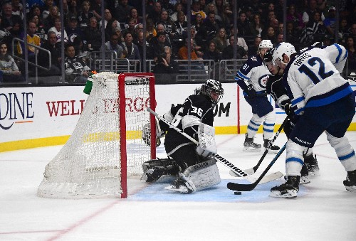 Jets extend Central lead with 3-2 win over Kings