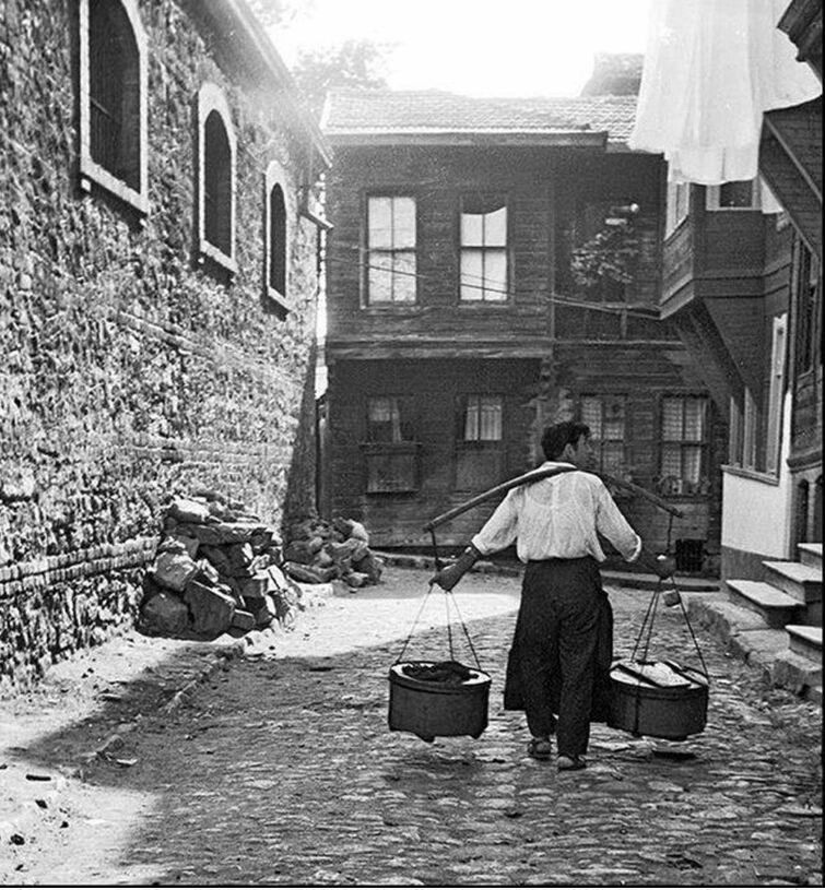 1960'lar İstanbul Yoğurt Satıcısı