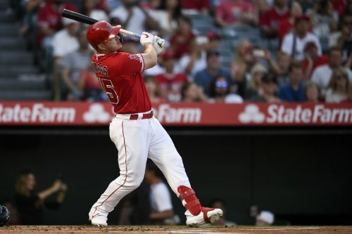MLB roundup: Trout drives in 6 in Angels' combined no-hitter