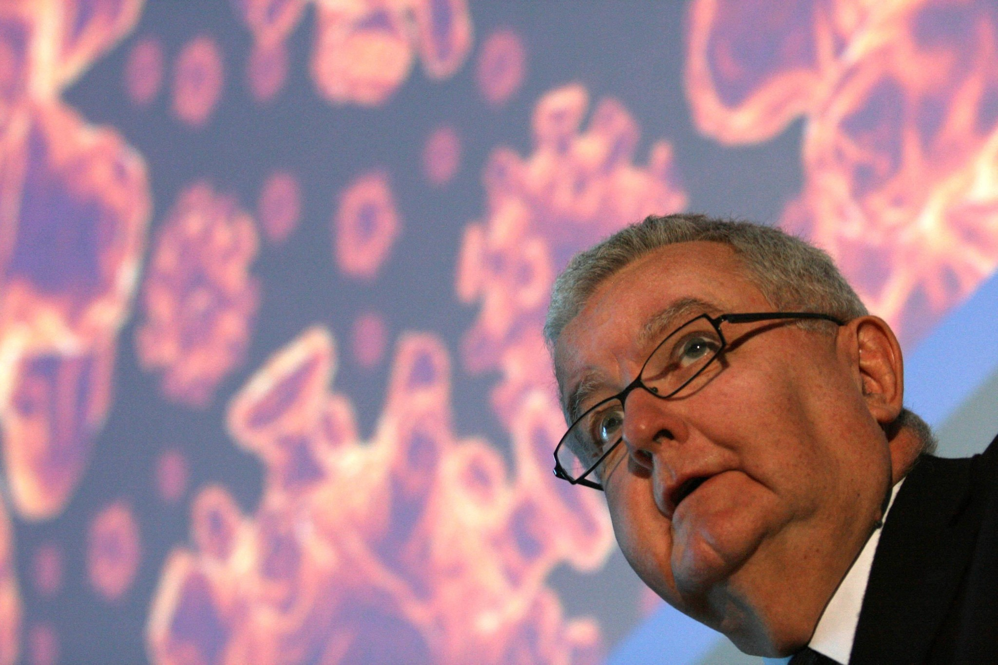 'Is Ian cured? Maybe': the astonishing cancer treatment of Australia's chief scientist