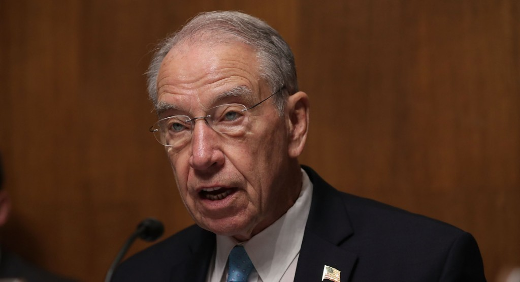 Grassley to DOJ watchdog: Probe Clinton email investigation
