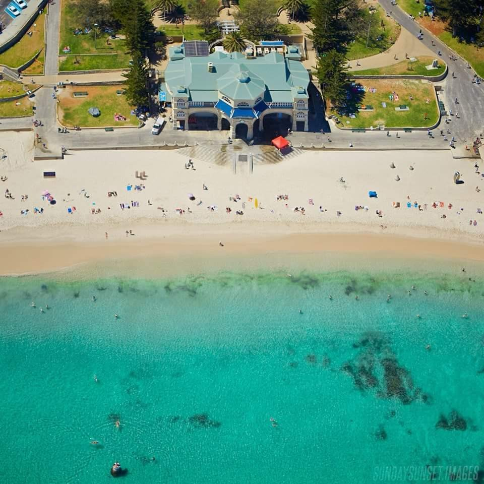 Cottesloe Beach. Awesome place to have lunch.