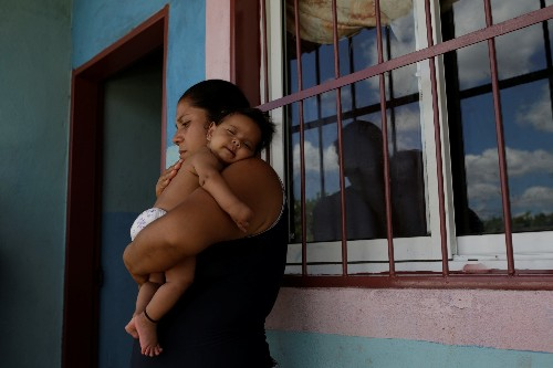Venezuelan girl's diphtheria death highlights country's health crisis