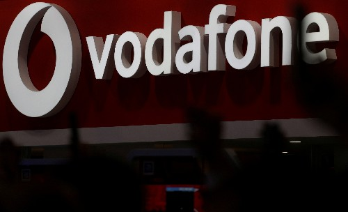 Vodafone connects 5G smartphones to its network for first time