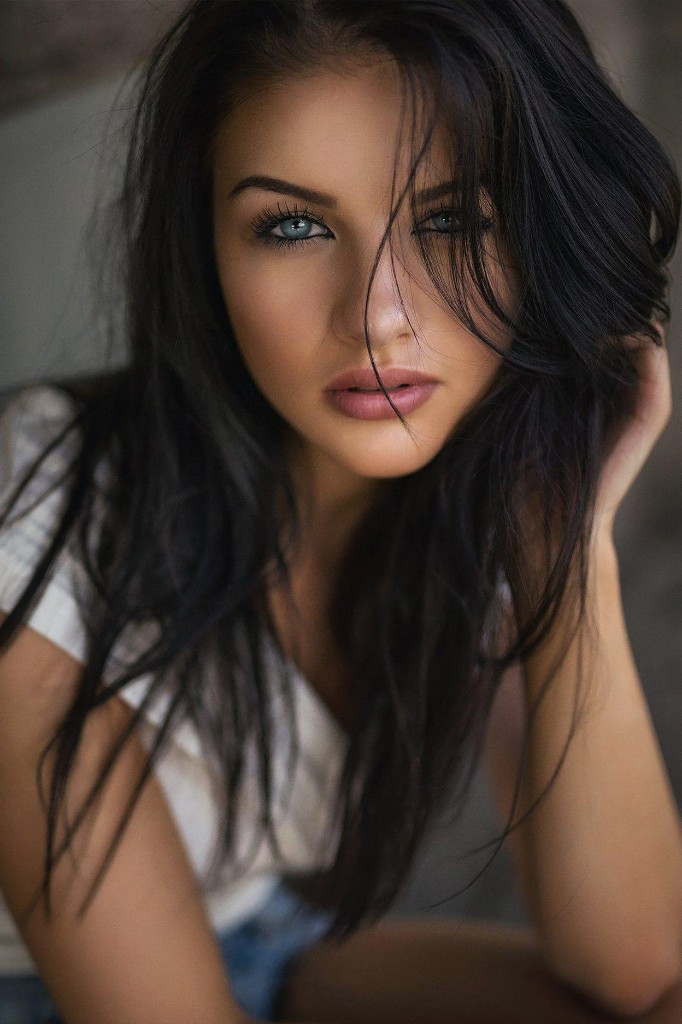 Gorgeous Women 5 - cover