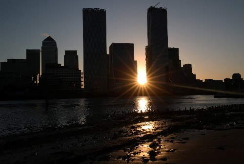 UK to invest $1.6 billion in weather and climate supercomputer
