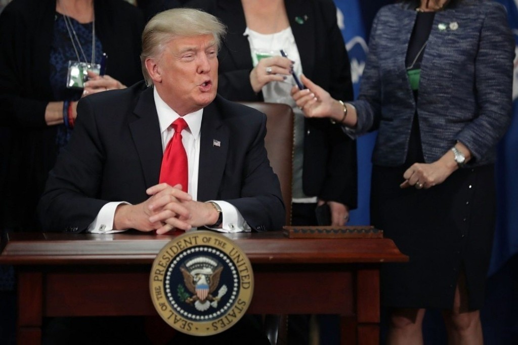 Why Trump's executive order on sanctuary cities is unconstitutional