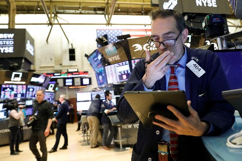 Stocks plunge on coronavirus fears even as U.S. ramps up fight against spread