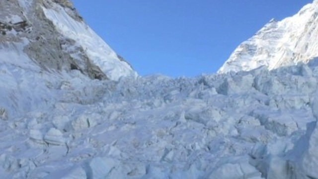 Survivor recalls how ice tumbled down in Mount Everest avalanche