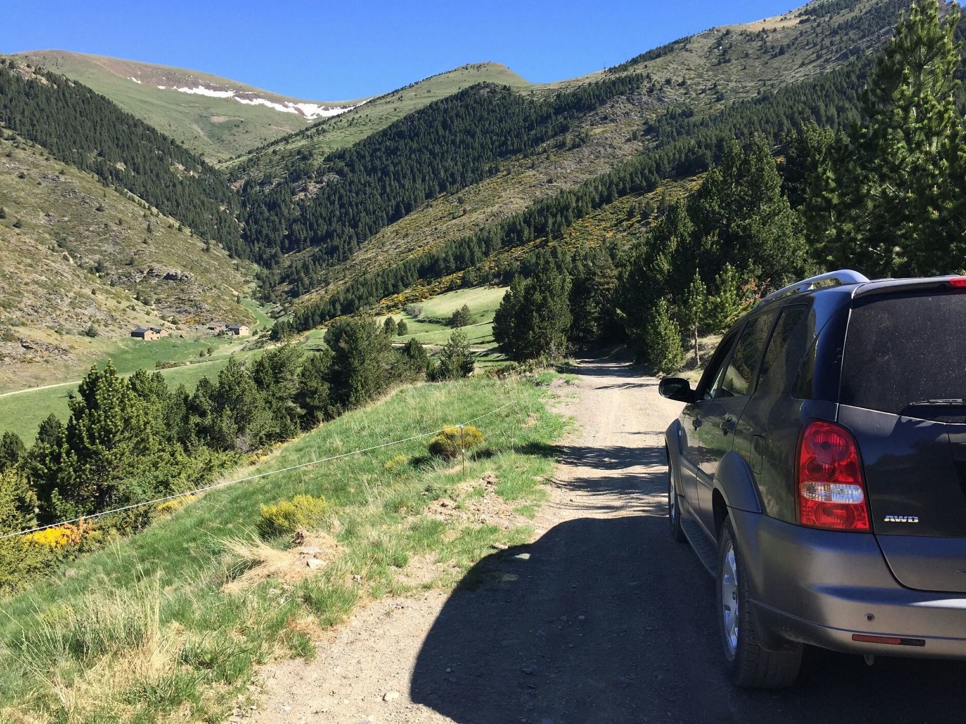 Best photographic Natural Park of the High Pyrenees, enjoy the scenery and photography in a unique and protected site, only € 31 per person price includes a small snack with local products