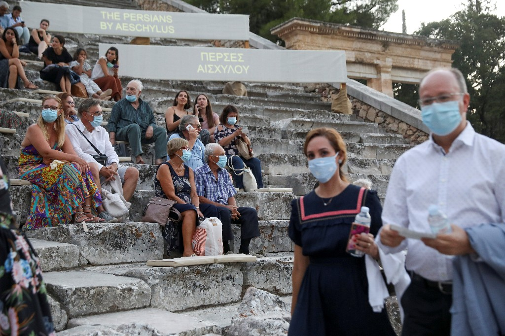 Greece extends mask-wearing requirement as coronavirus infections flare up