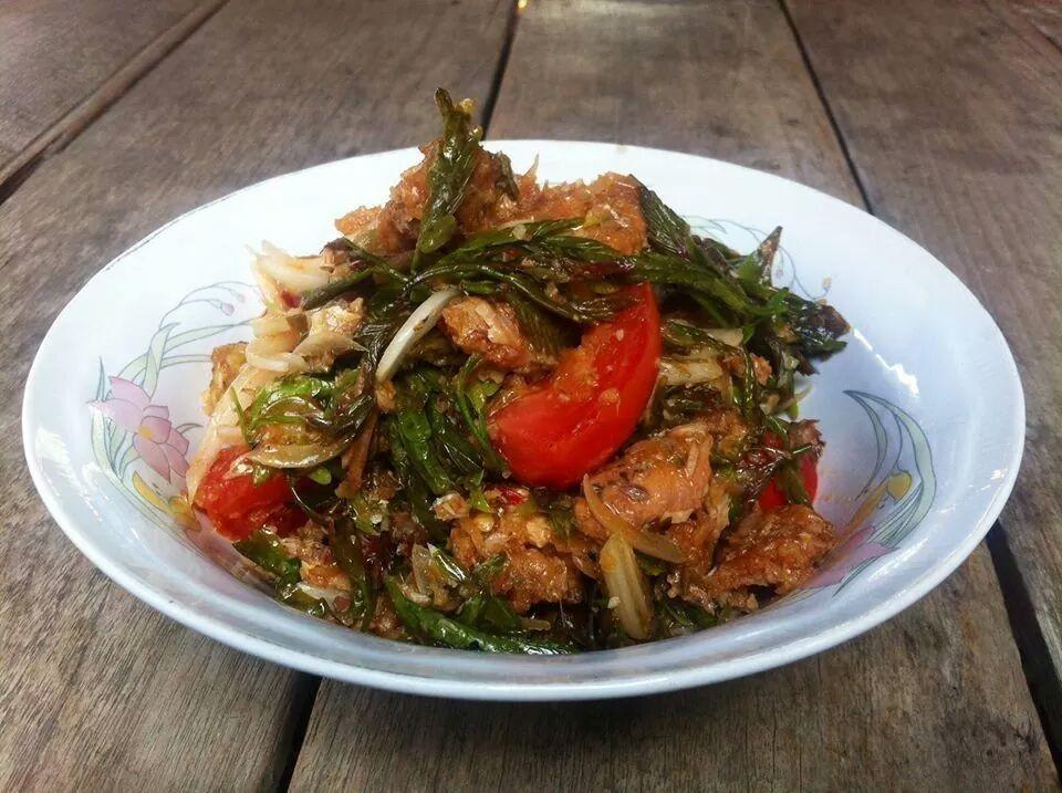 Tamarind leaf salad ,Northern Thai Food