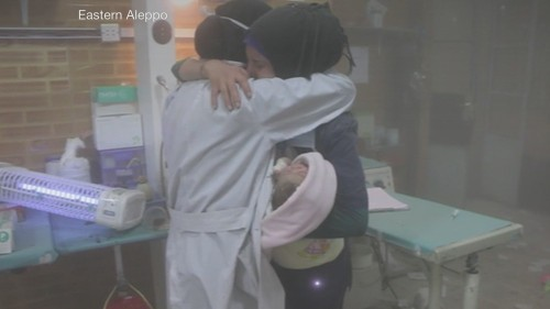Syria war: Air raid hits children's hospital in Aleppo