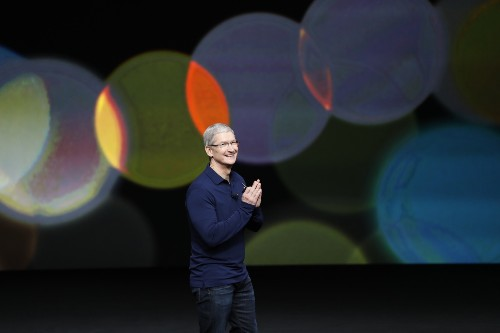 Apple Unveils iPhone7, New Camera Features, AirPods, Games: Pictures