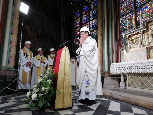 Worshippers in safety hats attend Notre-Dame's first mass since fire