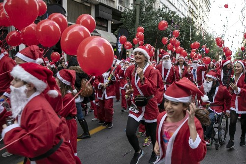 Santa Has Come to Town: Pictures