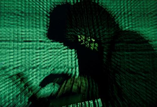 Dutch agency warns of cyber spying ahead of 5G report