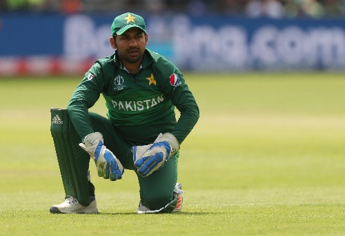 Pakistan axe Sarfaraz, name Azhar as test captain