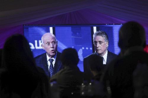 Tunisia: Post-debate handshake hailed as pro-democracy sign