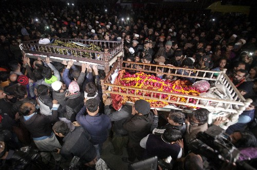 Pakistani police to face murder charges over killing of family