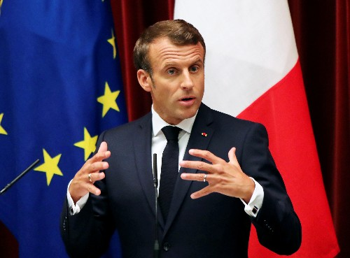 France's Macron says U.S. should be leader in switch to clean energy