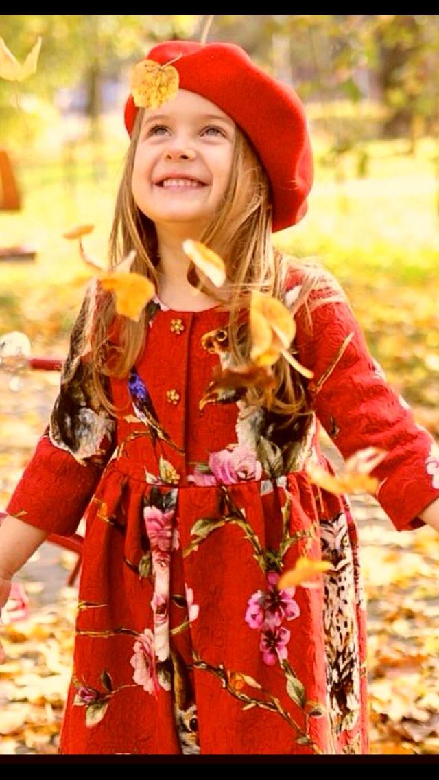 لا شيء يعطي للحياة معنى أكثر ➘ من نقـــاء أفئدتنا وضحكة تنبع من قلوبنا❤