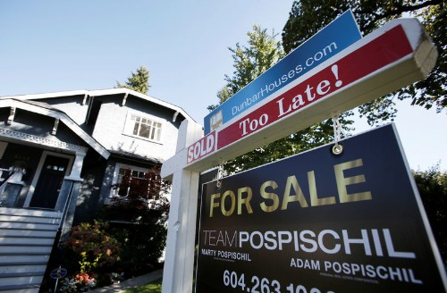 Canadian home sales fall for the first time in four months: CREA