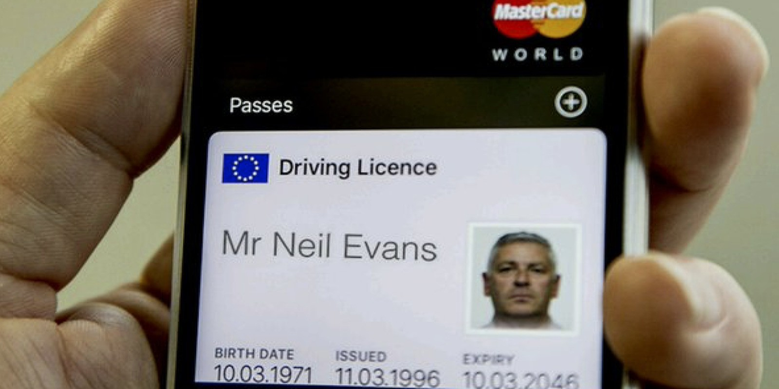 UK shows off prototype of digital iPhone driving license using Apple's Wallet app
