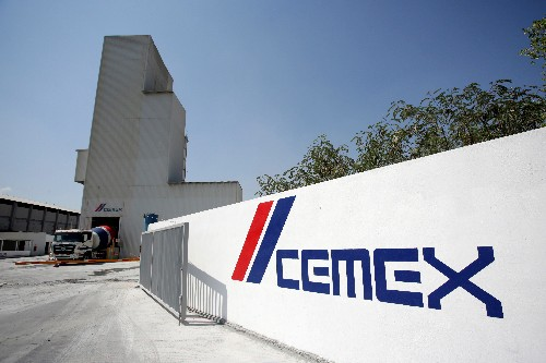 Mexico's Cemex expects 2019 volume growth similar to 2018