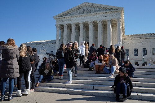 Roberts pivotal as U.S. Supreme Court tackles public aid to religious schools