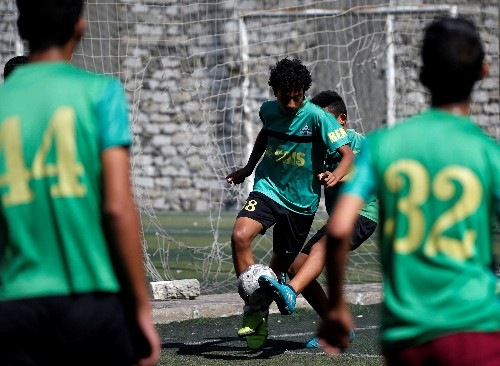Soccer: Is the people's game open to everyone in Egypt?