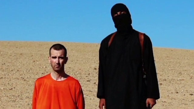 ISIS appears to execute British captive