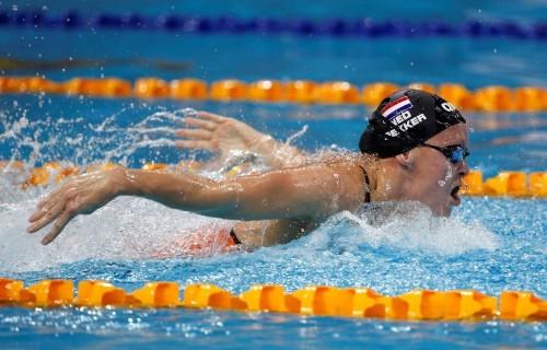 السباحة الهولندية ديكر تشارك في الأولمبياد لرابع مرة بعد اصابتها بالسرطان