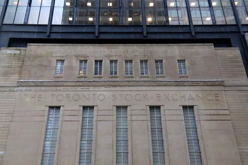 TSX ticks higher after positive domestic economic data
